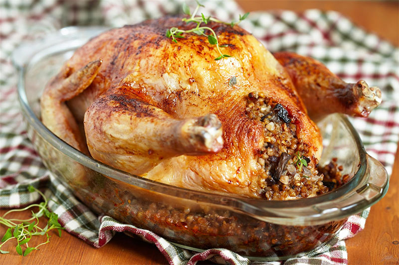 Κοτόπουλο γεμιστό με άγριο ρύζι και λαχανικά